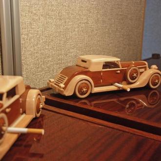 Сигаретница в виде ретро-автомобиля