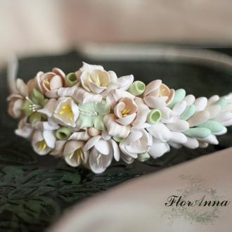 """Свадебный обруч для волос с цветами  цвета айвори """"Олива"""""""