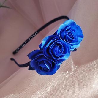Ободок с синими розами