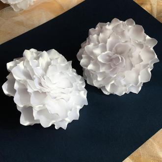 Білі банти на 1 вересня, резиночки для дівчинки, резинки бантики