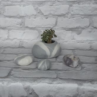 Вазон-камінець сірий