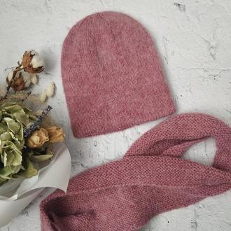 Комплект шапка и шарф из пушистой пряжи