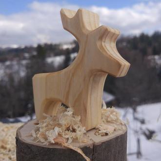 Деревянная игрушка  Олень
