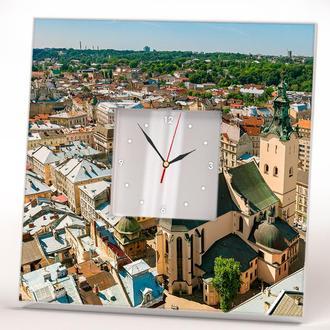 Часы с панорамой города Львова с зеркальным циферблатом
