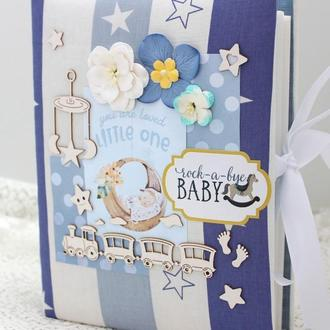 Скрапбукинг альбом для мальчика , альбомы для новорожденных , бебибуки