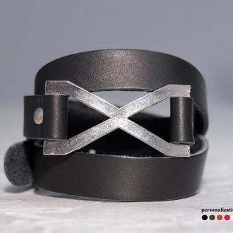 Черный тонкий кожаный браслет в три оборота с металлическим знаком бесконечность, код 8074