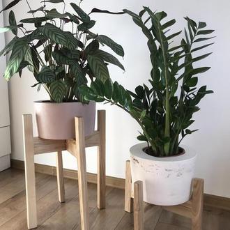 Подставка деревянная для цветов и растений