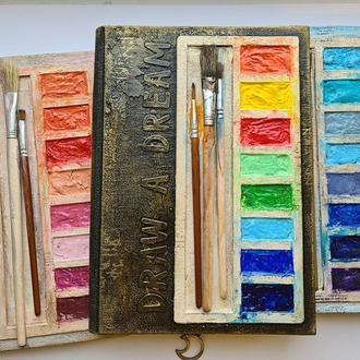 """Недатированный ежедневник в виде палитры красок """"Нарисуй мечту"""""""