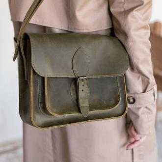 Винтажная женская сумка через плечо работы из натуральной кожи фисташкового цвета