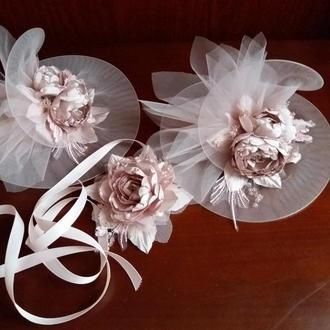 Шляпка  вуалетка на заколке и украшение на руку. Шляпка на выпускной, цветок на шею. Заколка цветы