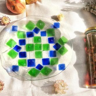 Орнаментна скляна тарілка з пляшкового скла. Фьюзинг