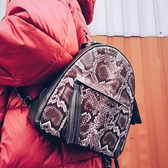 Кожаный рюкзак-сумка с принтом питона Darling