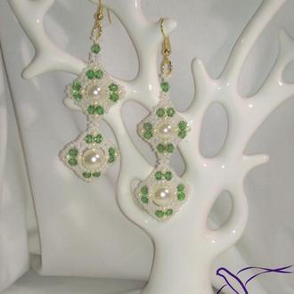 """Свадебные серьги """"Лилия"""" в белом и зеленом цвете!"""