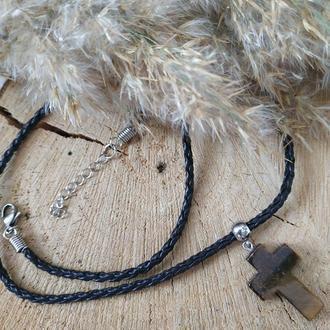 Чокер из эко-кожи с кулоном из тигрового глаза ′Крест′
