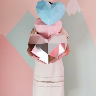 Объемное полигональное сердце