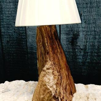 """Настольный светильник из дерева """"Скала"""""""