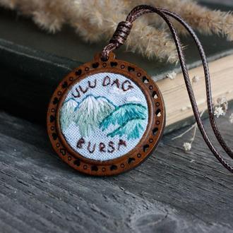 Оригинальный кулон с пейзажем на заказ Именной подарок на память Украшение горы