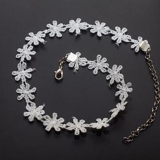 ЧОКЕР WHITE FLOWER