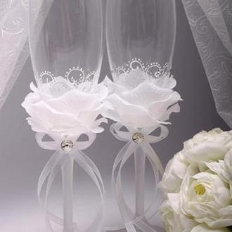 Свадебные бокалы для шампанского в виде бутона розы