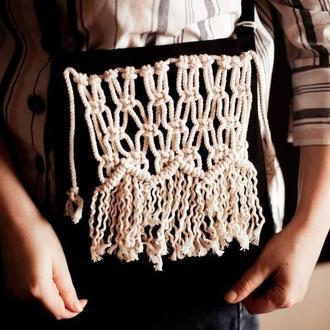 Сумка через плечо с плетением макраме