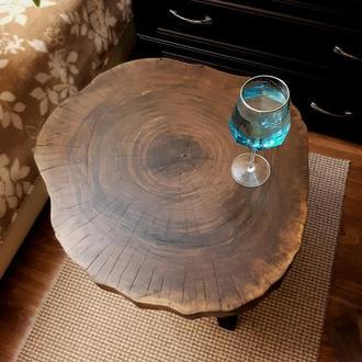 Прикроватный/кофейный/журнальный стол из среза ореха в стиле лофт