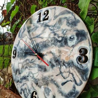 Годинник з епоксидної смоли