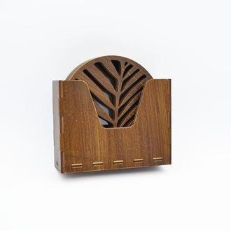 Набор деревянных подставок под чашки