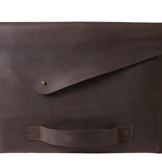 Кожаный чехол для Macbook с ручкой. 03016/коричневый