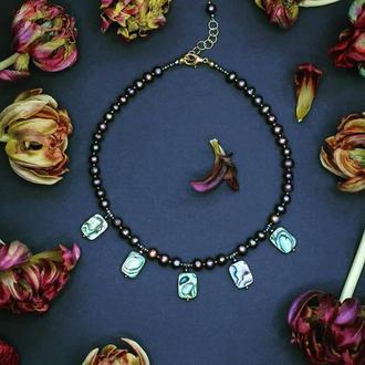 """Дизайнерское украшение из натурального черного жемчуга и перламутра """" Ocean treasures"""""""