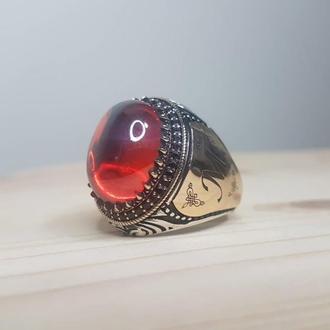 Видный перстень с орнаментом рисунком ручной работы под заказ с эмалью ручной работы