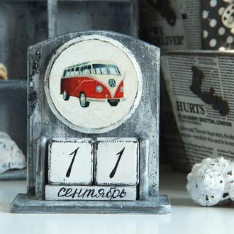 Вечный календарь ′Retro Man 3 ′