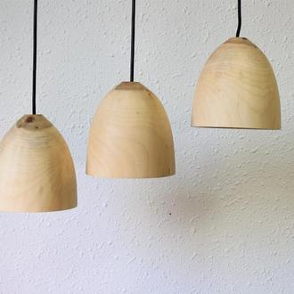 Люстра з дерева для кухні