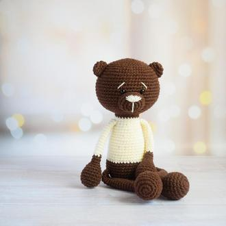 Вязаный мишка. Мишка-первая игрушка малыша. Эко-игрушка. Подарок новорожденному.