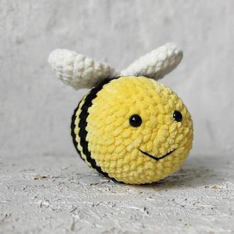 Плюшевая пчела. Игрушка пчела