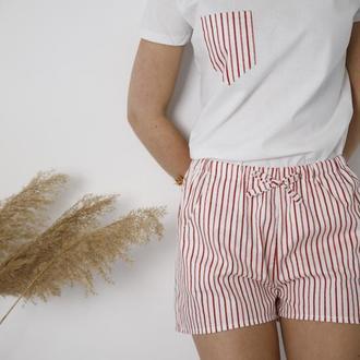 Пижама с шортами в красную полоску