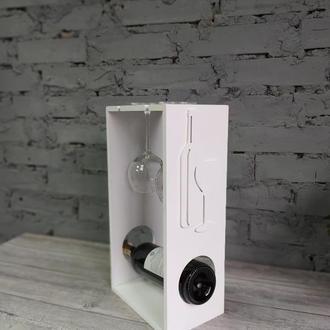 Полочка для хранения бокалов и вина