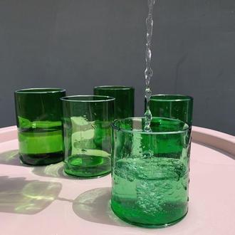 Стакан с спасенного стекла Зеленая