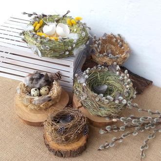 ЕКО Великодній декор. Вироби. Гніздо, заєць з природних матеріалів.
