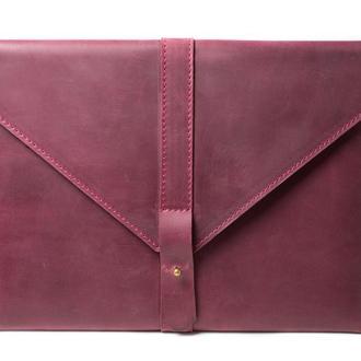 Кожаный чехол для Macbook на кобурной застежке. 03014/бордо