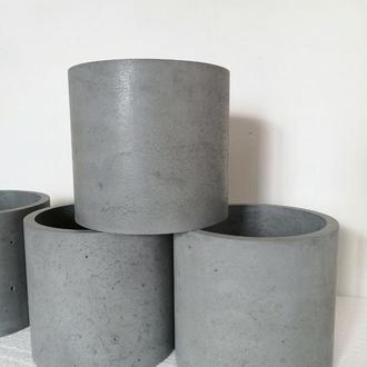 Горшок из бетона Цилиндр 18*20см