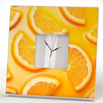 Стильные часы с апельсинами. Стильный подарок для кухни. Зеркальный циферблат.