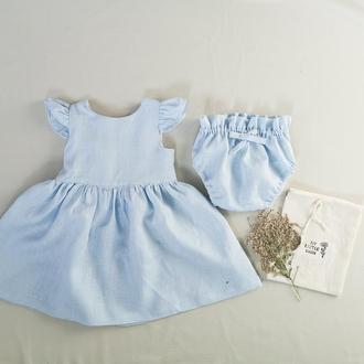 Голубое детское льняное платье с блумерами