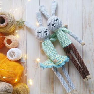 Мягкие игрушки зайчики  на подарок для братика и сестрички