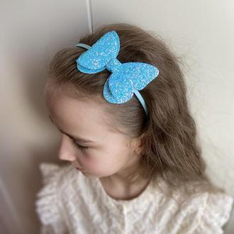 Обруч метелик блакитний насичений