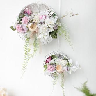 Підвісні композиції з квітами / Квіткові композиції / Весняні композиції