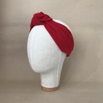 Красная вельветовая повязка на голову с узелком