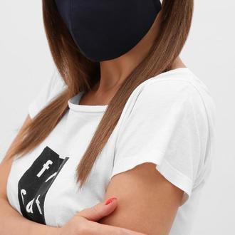 Текстильная  маска для лица темно-синего цвете на резинке