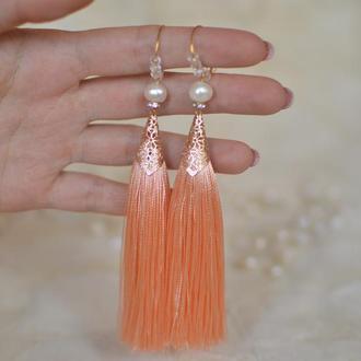 """Серьги - кисти персикового цвета с жемчугом """"Персиковый цвет"""""""