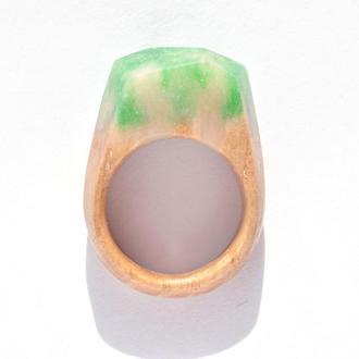 Кольцо из дерева с эпоксидной смолой (638)