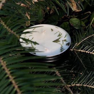Соевая свеча в черной алюминиевой таре на закрутку с крышкой с ароматом леса